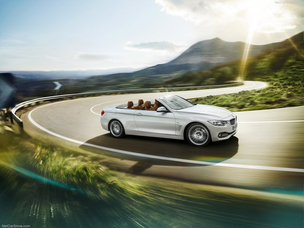 BMW 4-Series Cabriolet Top Down